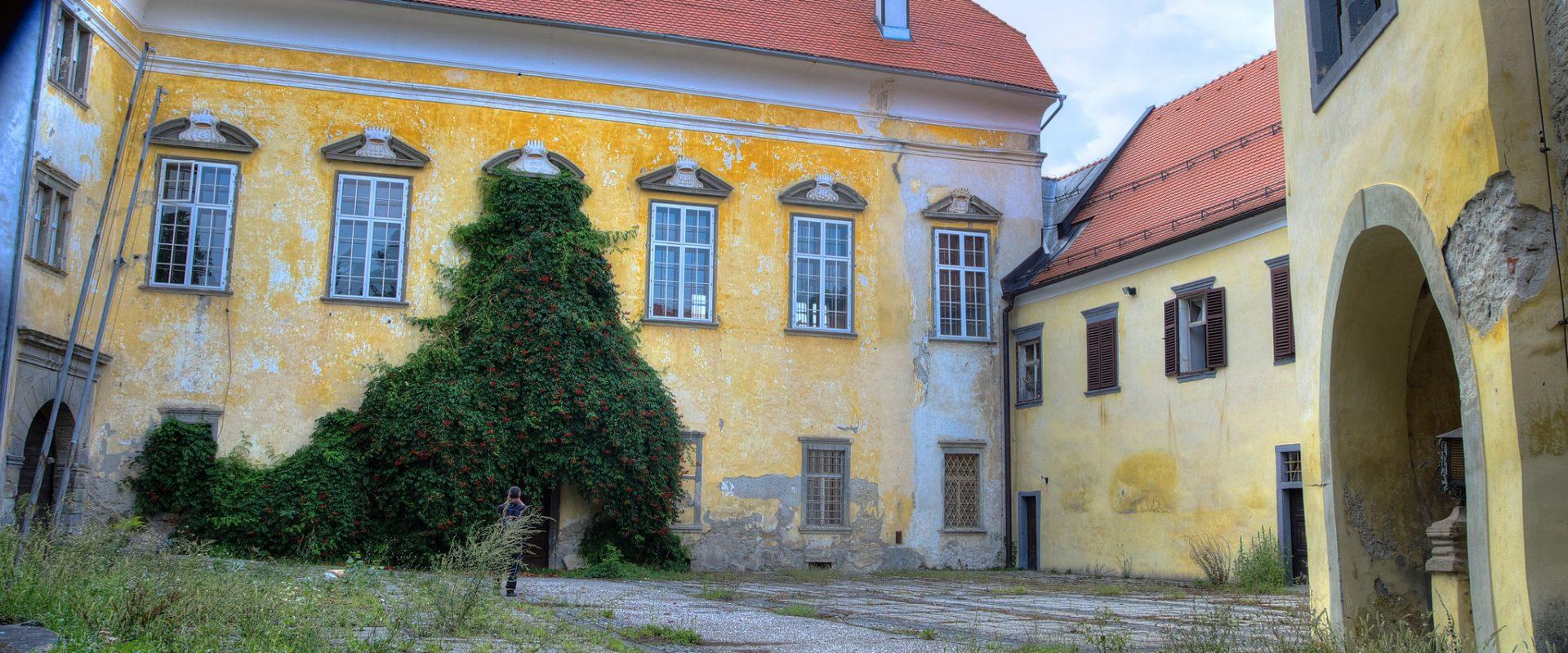 Castle Borl